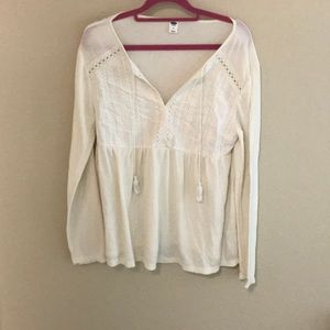 Long sleeve top with tassels
